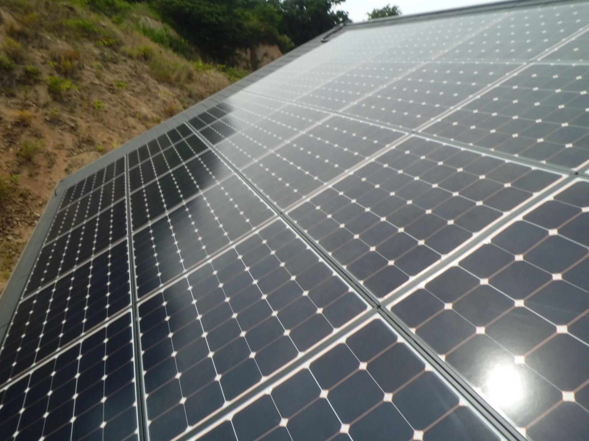ペロブスカイト太陽電池、変換効率15%突破